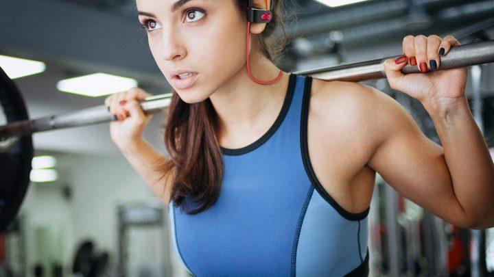 Les accessoires qui permettent d'écouter de la musique tout en faisant du sport